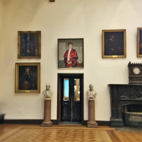Lady Cosgrove in Parl Hall 2